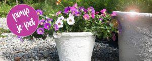 Oude bloempot pimpen met muurvuller voor betonlook