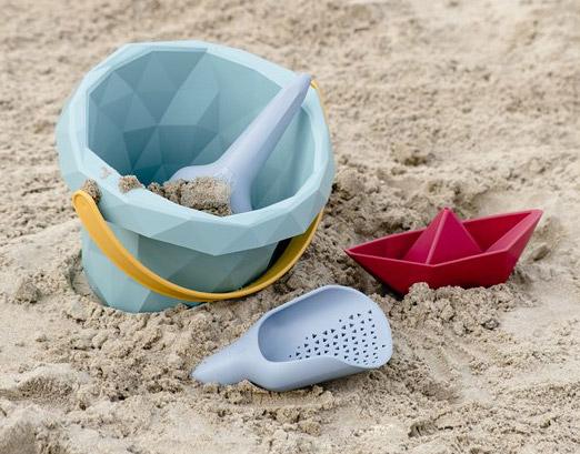Zsilt gerecycled strand speelgoed